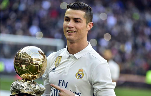 cr7 luong khung